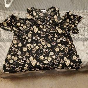 2XL Peek-a-boo shoulder shirt